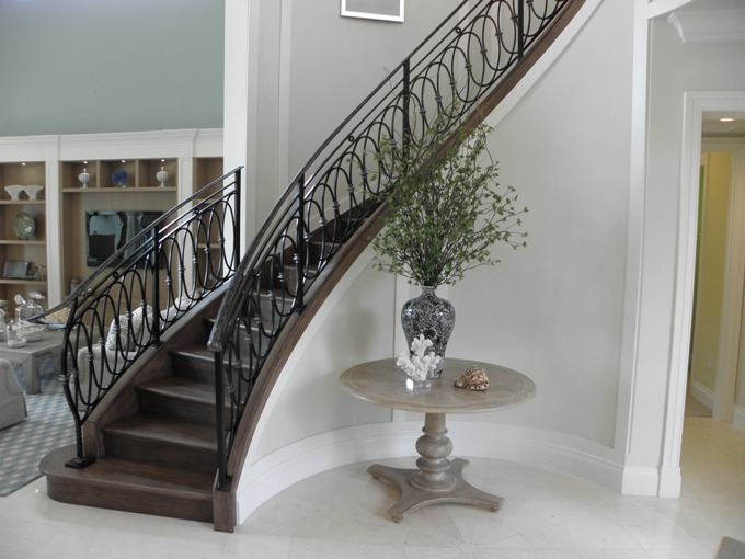 Curve Stairs